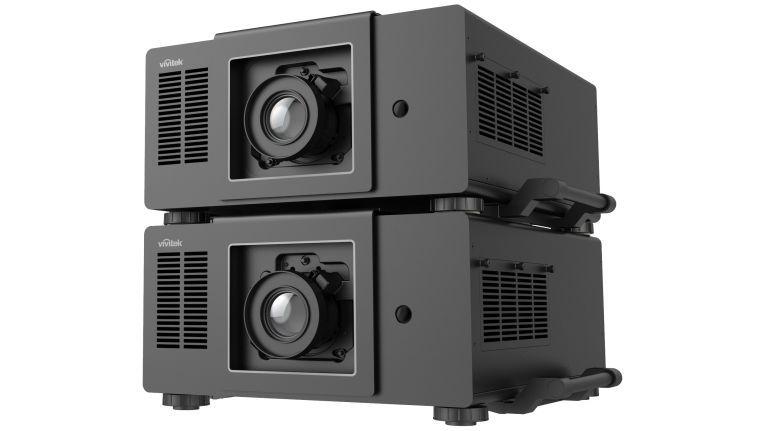 Mit mehreren DH9000 von Vivitek lassen sich großflächige Projektionen realisieren.