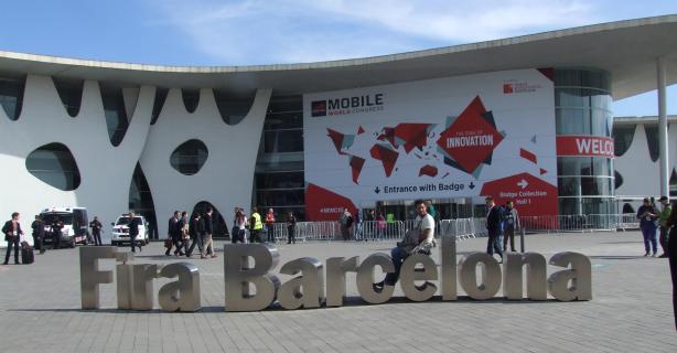 Samsung, Microsoft, Sony, HTC und Co.: MWC 2015 - Neue Smartphones, Tablets und Wearables