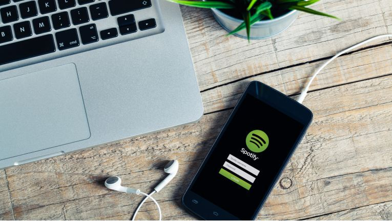 Mit Spotify Premium Family können ab sofort bis zu sechs Familienmitglieder das Streaming-Angebot für unter 15 Euro nutzen.