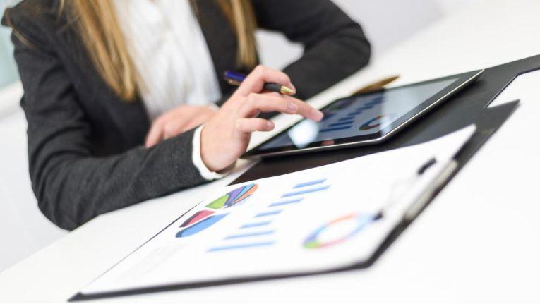 Laut IDC nutzen Knowledge Worker ihre privaten File-Sharing-Dienste nicht selten auch für geschäftliche Zwecke.