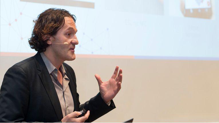 Martin Wild, CDO bei Mediamarkt und Media-Saturn, will beim Handel 4.0 eine Vorreiterrolle übernehmen.