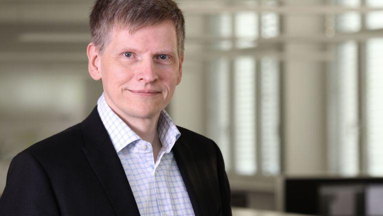 """Frank Roebers, Vorstandsvorsitzender der Synaxon AG: """"Der Todeszone der zweiten Welle entkommen."""""""