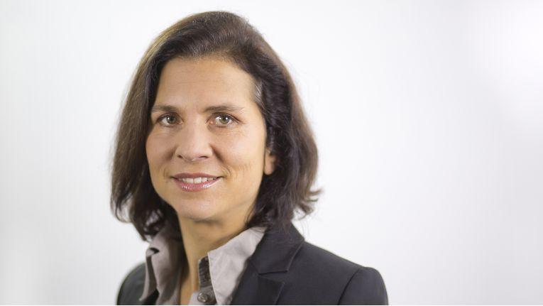 """""""Bosch arbeitet derzeit an über 100 Pilotprojekten im Bereich Industrie 4.0."""" Stefanie Peitzker, Director Marketing Software Solutions EMEA, Bosch Software Innovations"""
