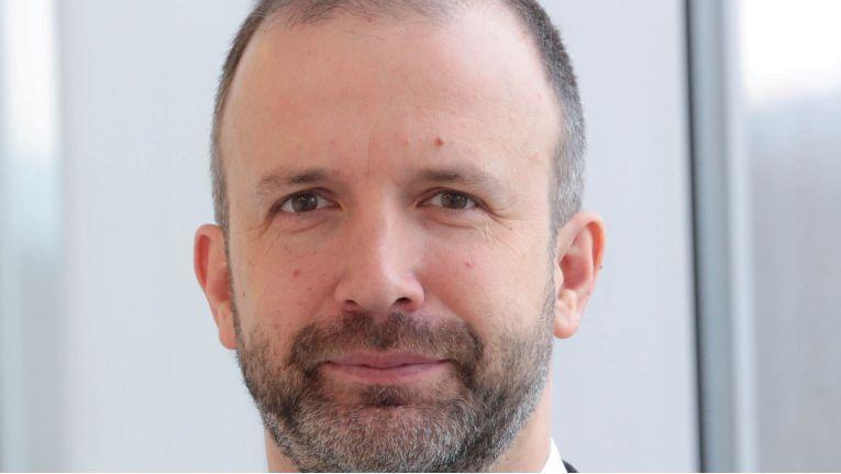 """Karsten Lebahn, Leiter Team Sonderdienste bei der Deutschen Telekom: """"Sonderdienste wie Aufzugnotruf, Brandmelder oder EC-Cash-Terminals laufen problemlos an IP-Anschlüssen."""""""