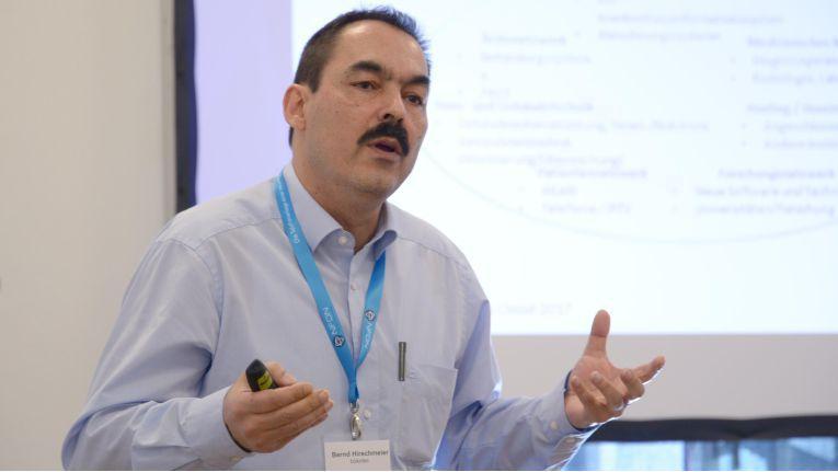 Bernd Hirschmeier, Senior Consultant bei dem HPE-Gold-Partner bükotec e.K, zeigt auf, welche Hürden bei Cloud-Projekten überwunden werden müssen.