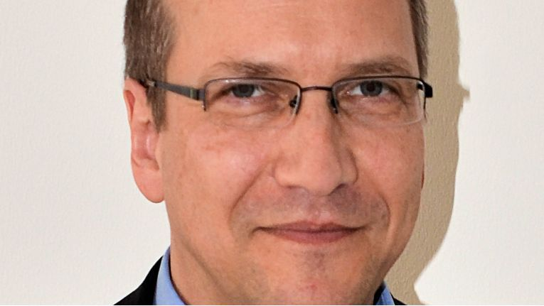 Werner Scholl, Director Sales Channel & Alternative Carriers, kann auf fast 25 Jahren Erfahrung im Telekommunikationsmarkt zurückgreifen.
