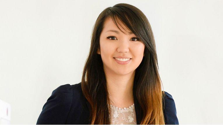 Lan Anh Tran, Marketing Communications Manager Central Region bei OKI Systems, kann einen zweifachen Masterabschluss in Literatur und Medien sowie American Studies vorweisen.