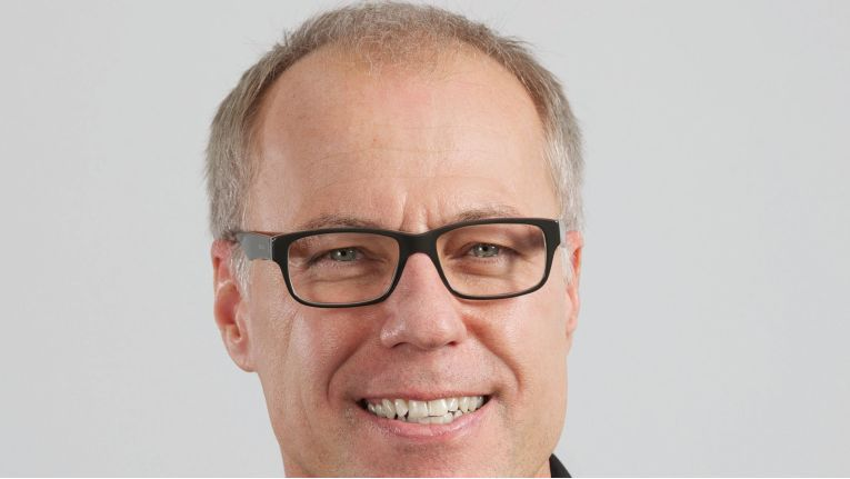 """Jörg Terschüren, Leitung Geschäftsfeld Bund, Bechtle AG in Neckarsulm: """"Bei unserer erfolgreichen Zusammenarbeit mit der Bundeswerh kommen die seit Jahren bewährten Prozesse zum Tragen.""""?"""