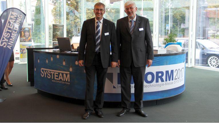 Die Systeam-Chefs Volker und Michael Mitlacher konnten mit ihrem Unternehmen gegen den Markttrend wachsen.