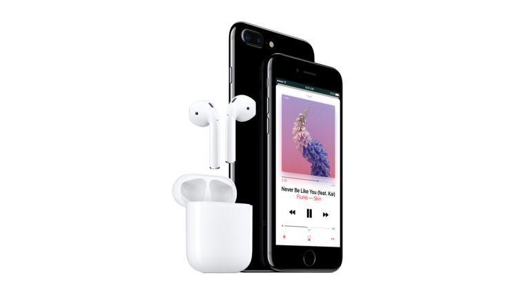 Keine Klinkenbuchse mehr. Dafür verkauft Apple nun Bluetooth-Kopfhörer AirPods.