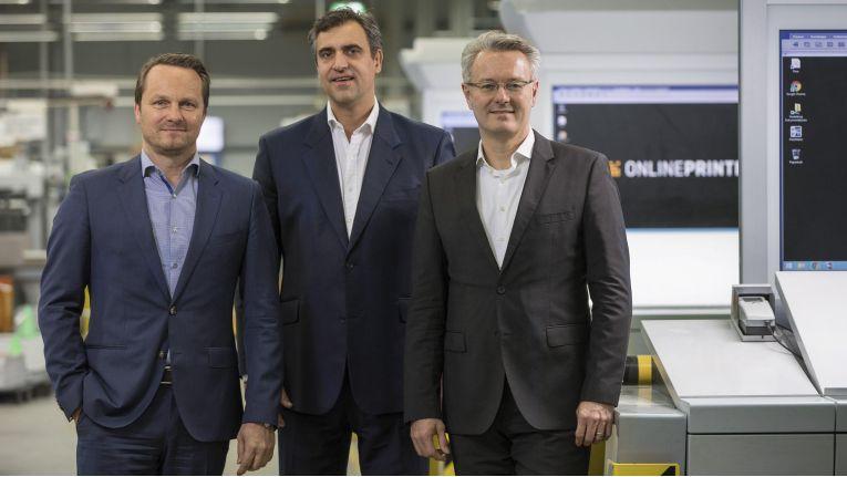 Die neue erweiterte Geschäftsleitung der Onlineprinters-Gruppe (v.l.n.r): CFO Dirk A. Müller, CCO Christian Würst und CEO Dr. Michael Fries.